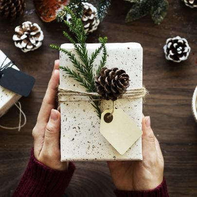 Your Christmas Gifts Ideas? Find them at the COQ Hotel!