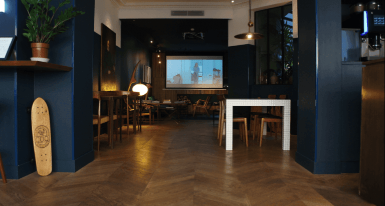 A new place of Parisian life